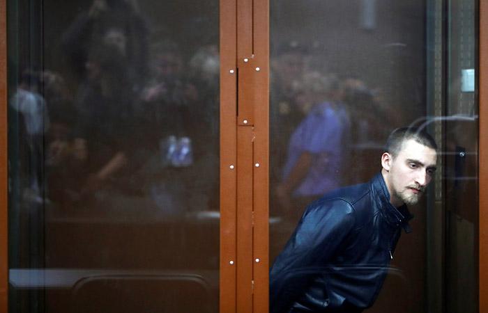 Суд в пятницу рассмотрит заявление прокуратуры об изменении меры пресечения актеру Устинову