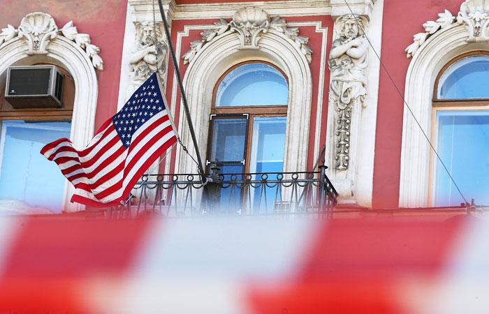 """В дипмиссии США назвали """"частным случаем"""" отказ в визе членам делегации РФ"""