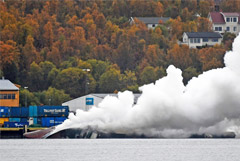 В Норвегии затонул загоревшийся российский траулер