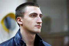Мосгорсуд решил изучить видеозаписи по делу актера Устинова