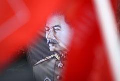 Главреда нижегородского СМИ обвинили в неуважении к власти из-за поста о доске Сталину
