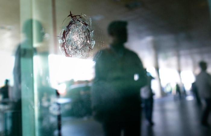 """Неизвестные расстреляли охранников и захватили завод """"Кубанские деликатесы"""""""