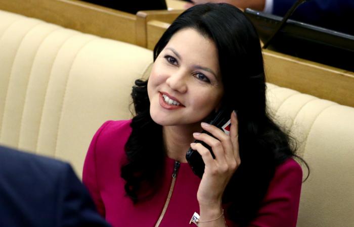ФБР задержало депутата Государственной думы  ваэропорту Нью-Йорка идопрашивало целый час