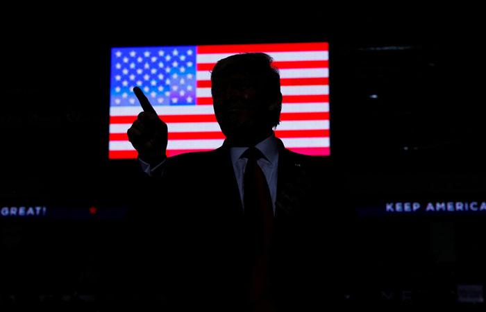 Трамп пригрозил Турции и заявил, что США не бросят курдов на произвол судьбы