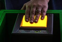 ЦБ определит требования безопасности при хранении биометрии граждан