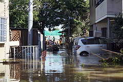 Число погибших в Японии от удара тайфуна достигло 23 человек
