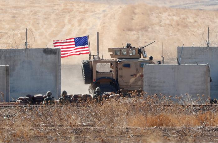 NYT узнала, что США оставили в Сирии десятки опасных боевиков ИГ