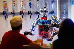 Россияне не увидели риска потери работы из-за масштабной роботизации
