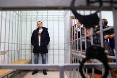 Суд в Красноярске арестовал подозреваемых в избиении приятеля до смерти