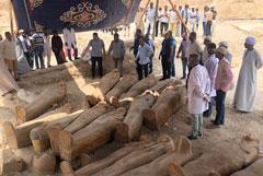 В Луксоре нашли более 20 запечатанных саркофагов