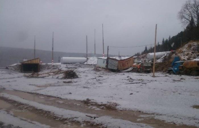 Ростехнадзор назвал нелегальной дамбу золотодобывающей артели под Красноярском