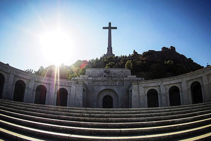 Останки Франко эксгумируют и перезахоронят 24 октября