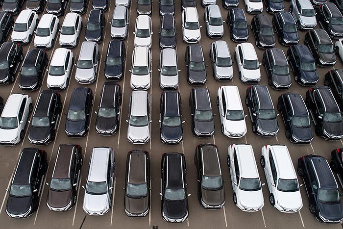 Mitsubishi с ноября прекратит поставки внедорожника Pajero в РФ