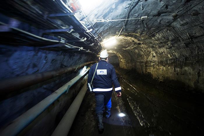 "Три человека погибли из-за ЧП на руднике ""Норникеля"""