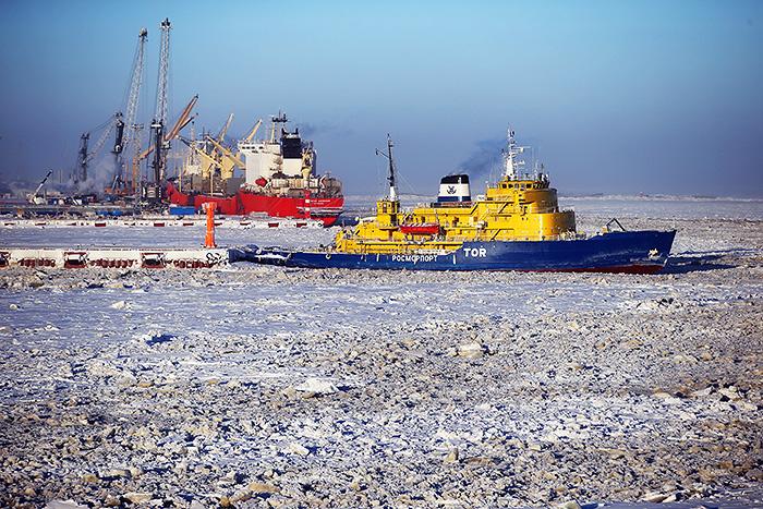 Российский ледокол случайно подал сигнал SOS у берегов Норвегии
