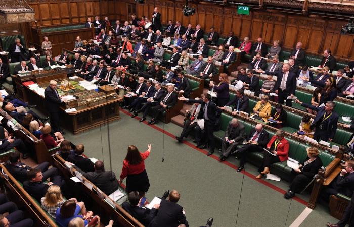 Британский парламент дал предварительное одобрение сделке по Brexit