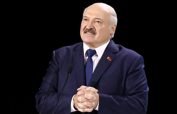 Лукашенко по-русски назвал белорусский родным языком