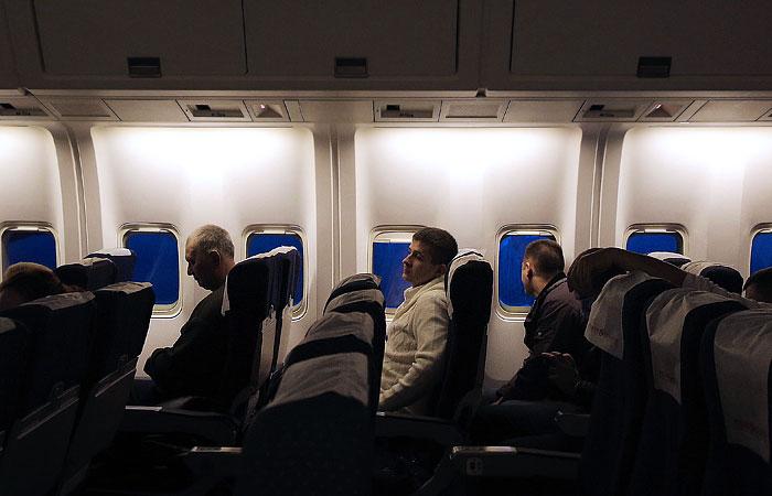 Пассажиров авиарейса Москва-Владивосток оштрафовали за страсть на борту