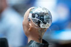 """Сбербанк, """"Яндекс"""", Mail.ru, МТС и """"Газпром нефть"""" решили вместе развивать искусственный интеллект"""