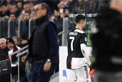 Роналду обиделся на свою замену и покинул арену до финального свистка