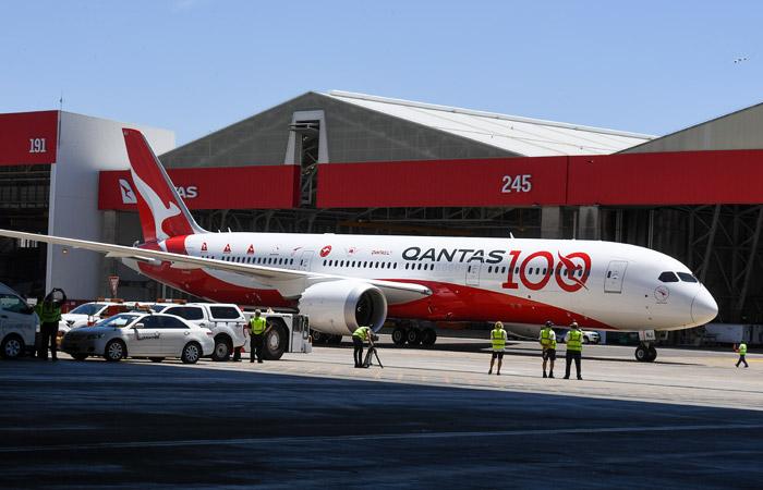 Австралийский лайнер совершил самый долгий перелет в истории пассажирской авиации