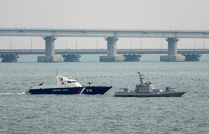 Задержанные в Керченском проливе корабли передадут Украине 18 ноября