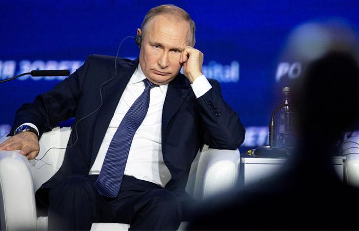 Суд отказался рассматривать иск ФБК к Путину
