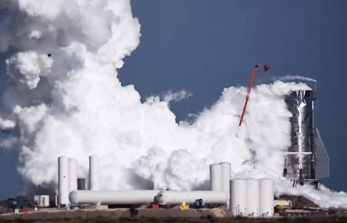 Опытная ракета SpaceX взорвалась во время испытаний
