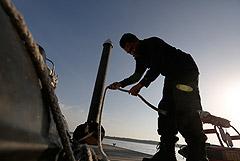 У берегов Малайзии задержали сухогруз с россиянином в экипаже