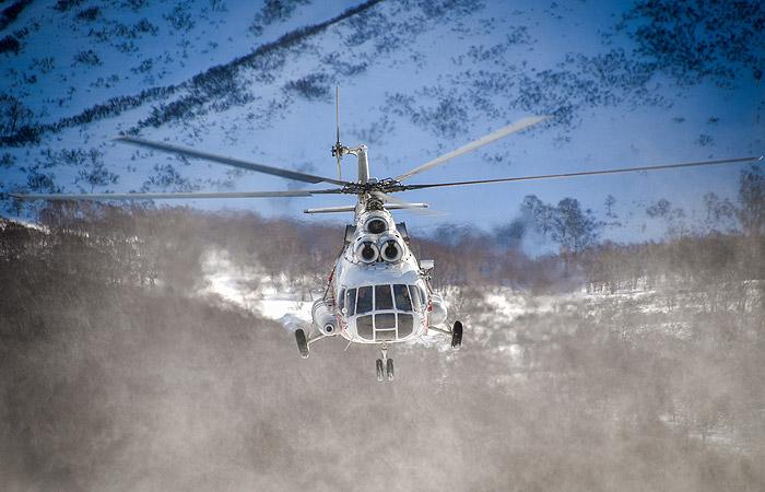 Вертолет Ми-8 совершил жесткую посадку под Новым Уренгоем