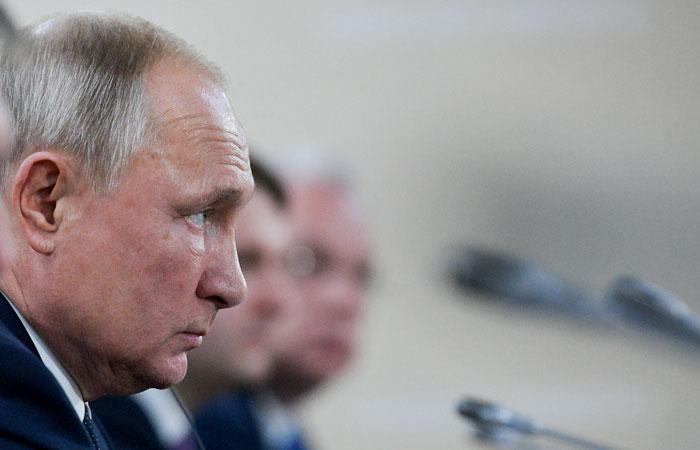"""Путин рассказал о недавней встрече с менеджментом и акционерами """"Яндекса"""""""