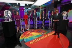 Не явившегося на теледебаты Бориса Джонсона заменили ледяной фигурой