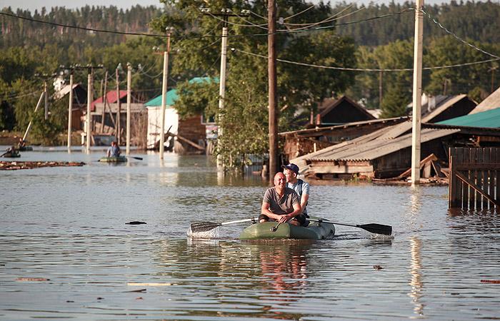 Защитную дамбу в Тулуне после паводка восстановят к 18 июля