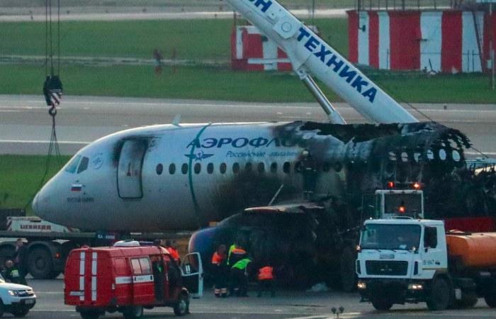 Следователи установили виновного в гибели Superjet в мае этого года