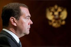 """Медведев опроверг заявление Лукашенко об """"антибелорусских элементах"""" в России"""