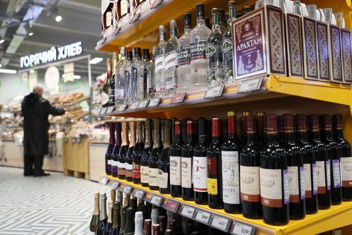 Смертность от отравления алкоголем в РФ за 9 месяцев выросла почти на 12%