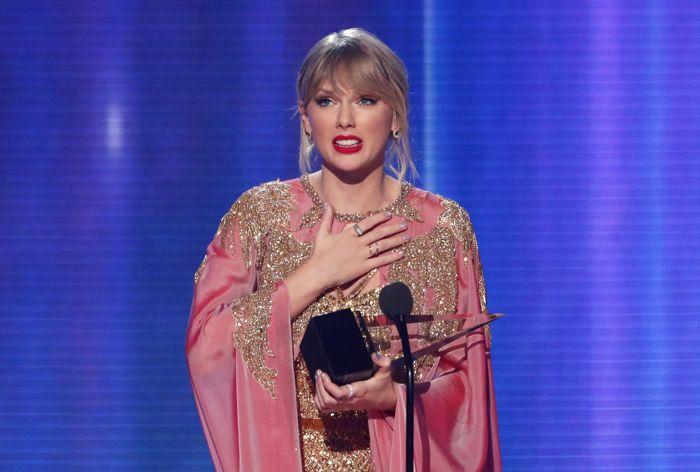 Тейлор Свифт возглавила рейтинг самых высокооплачиваемых музыкантов
