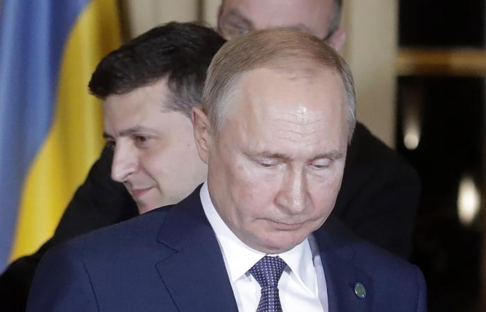 Путин и Зеленский начали свою первую двустороннюю встречу