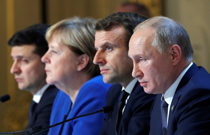 """В Париже завершились почти восьмичасовые переговоры """"нормандской четверки"""""""