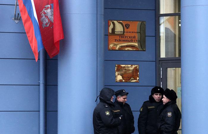 За вторник в Москве при проверке угроз о минировании эвакуировали больше 120 000  человек
