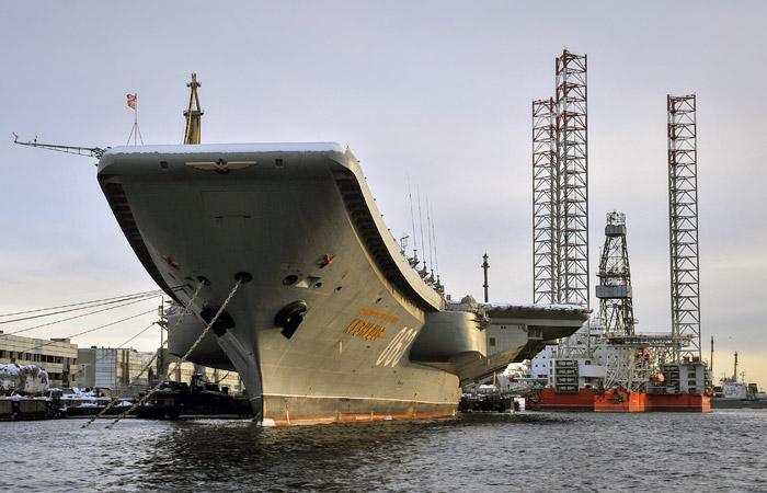 Потушить немогут: полыхает  единственный в РФ  авианосец «Адмирал Кузнецов»— Блокнот Российская Федерация