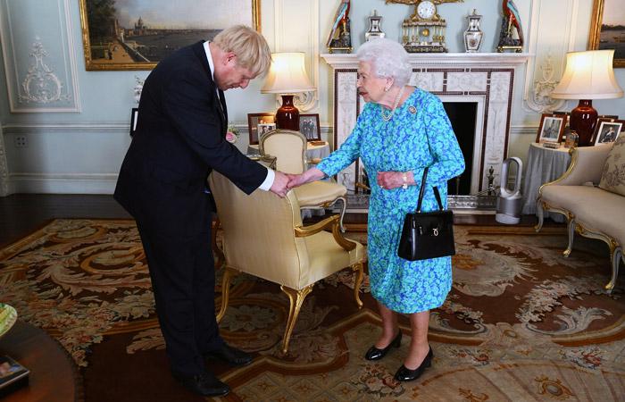 Елизавета II разрешила Борису Джонсону сформировать правительство