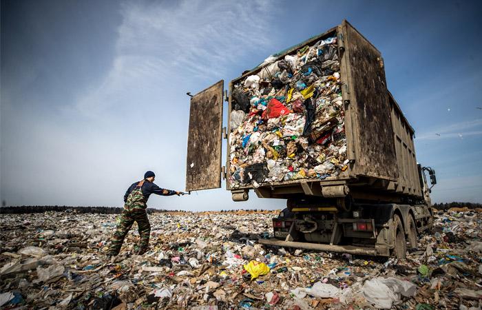 Мэрия Москвы предложила сжигать часть мусора и часть вывозить в другие регионы