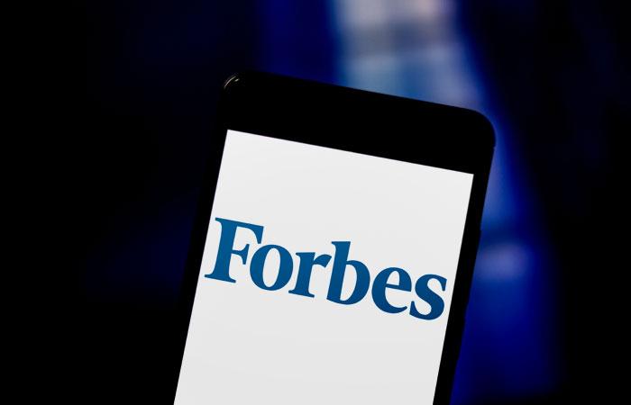 """Forbes и """"Сафмар"""" договорились отозвать иски друг к другу"""