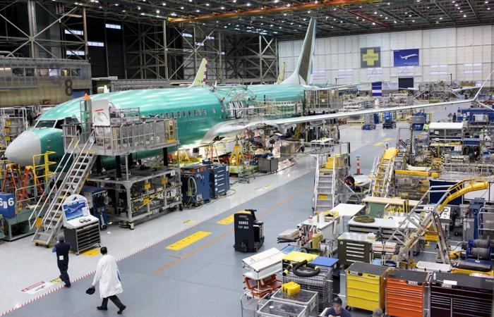 Boeing с января временно остановит сборку самолетов 737 MAX