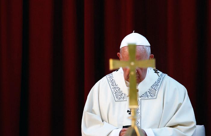 """Франциск отменил """"папскую тайну"""" по делам против священников-насильников"""