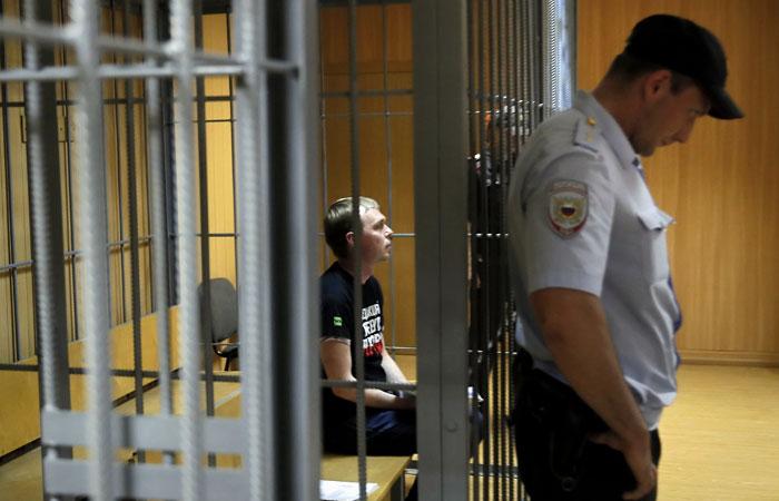 Уголовное дело на задерживавших Голунова полицейских возбудили за день до конференции Путина