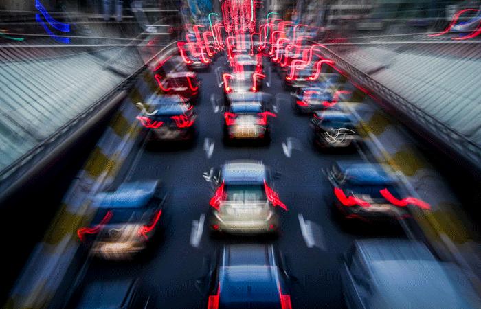 Снижать в России нештрафуемый порог превышения скорости решили постепенно