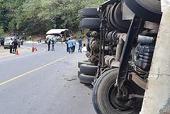 В Гватемале 21 человек погиб при столкновении автобуса с грузовиком