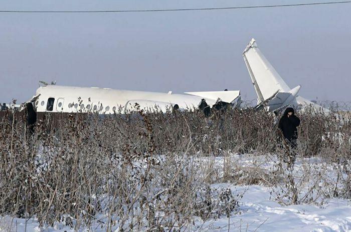 Казахстан передаст черный ящик с рухнувшего под Алма-Атой самолета в Москву